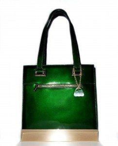 emerald 1 front 243x300 Free Blogger Opportunity | Glass Handbag Giveaway