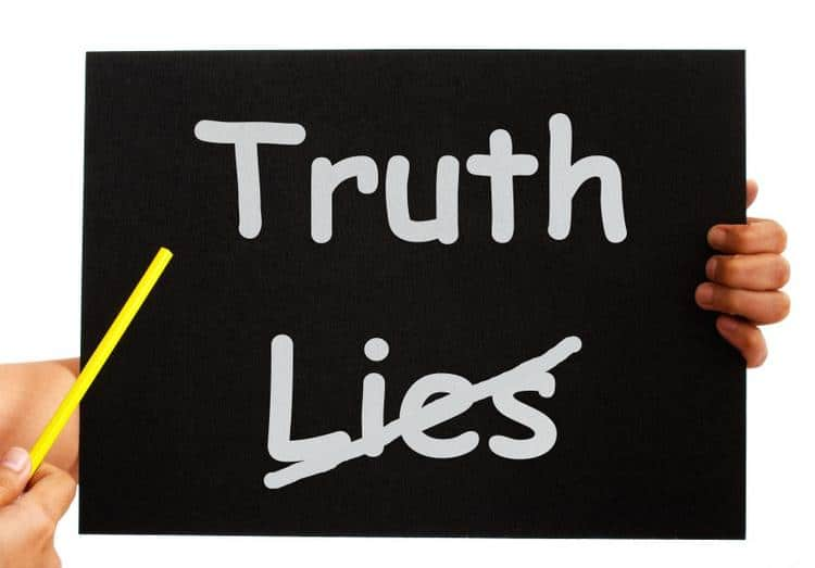 Kozzi truth not lies board shows honesty 863x602 Tips To Teach Your Children Not To Lie and Be Honest
