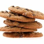 Kozzi pile of chocolate chip cookies 883x588 150x150 Mrs. Fields #Nibblers Chocolate Chip Cookie Pudding Parfait