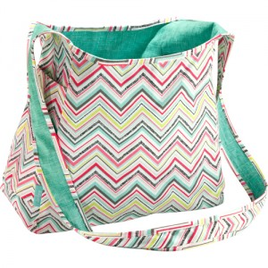 to 300x300 Metro Retro Thirty One Tote Review   Every Mommy Needs a Tote Like This
