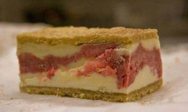 Strawberries and Rhubarb – Strawberry Rhubarb Buckle Recipe