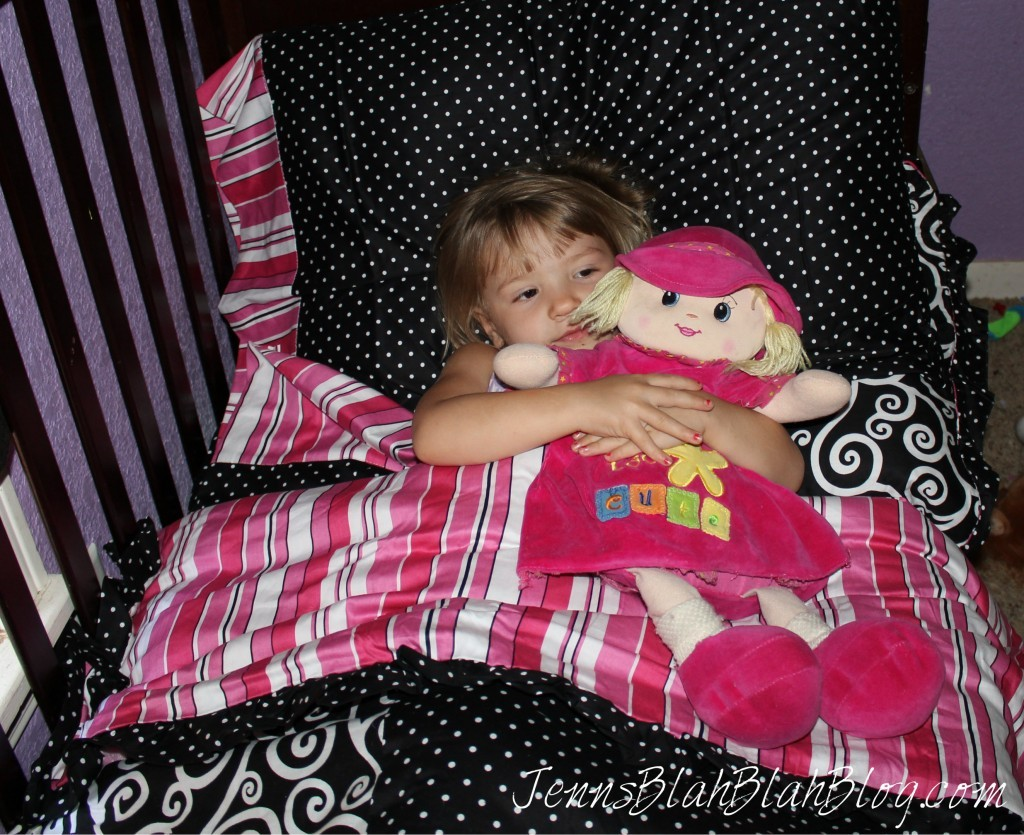 Bright Pink Toddler Bedding 1024x835 Madison Toddler Bedding #Review, Plus Bedroom Design Ideas!
