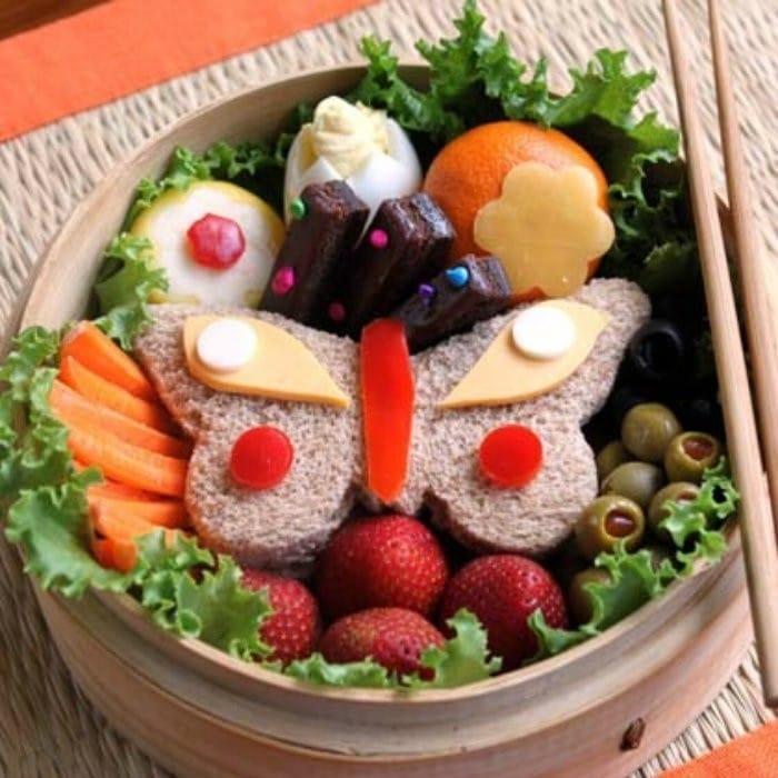 Butterfly Garden Bento Box | #LunchIdeas http://jennsblahblahblog.com #jbbb