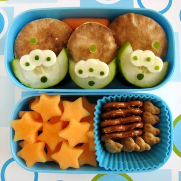 Toy Story Alien Bento Box | #LunchIdeas http://jennsblahblahblog.com #jbbb