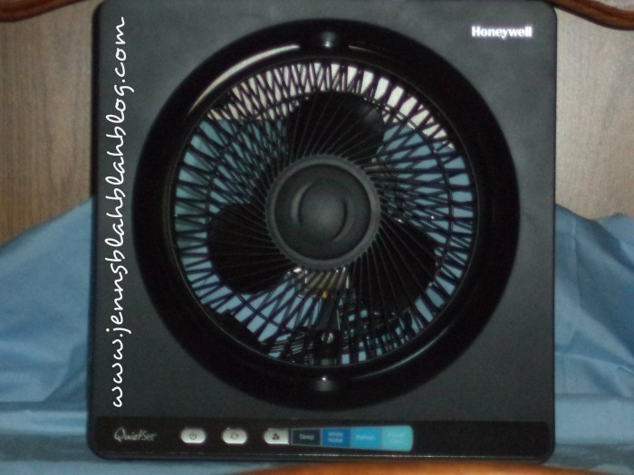 Cooling Off With Fan : Cool off with a quietset table fan giveaway