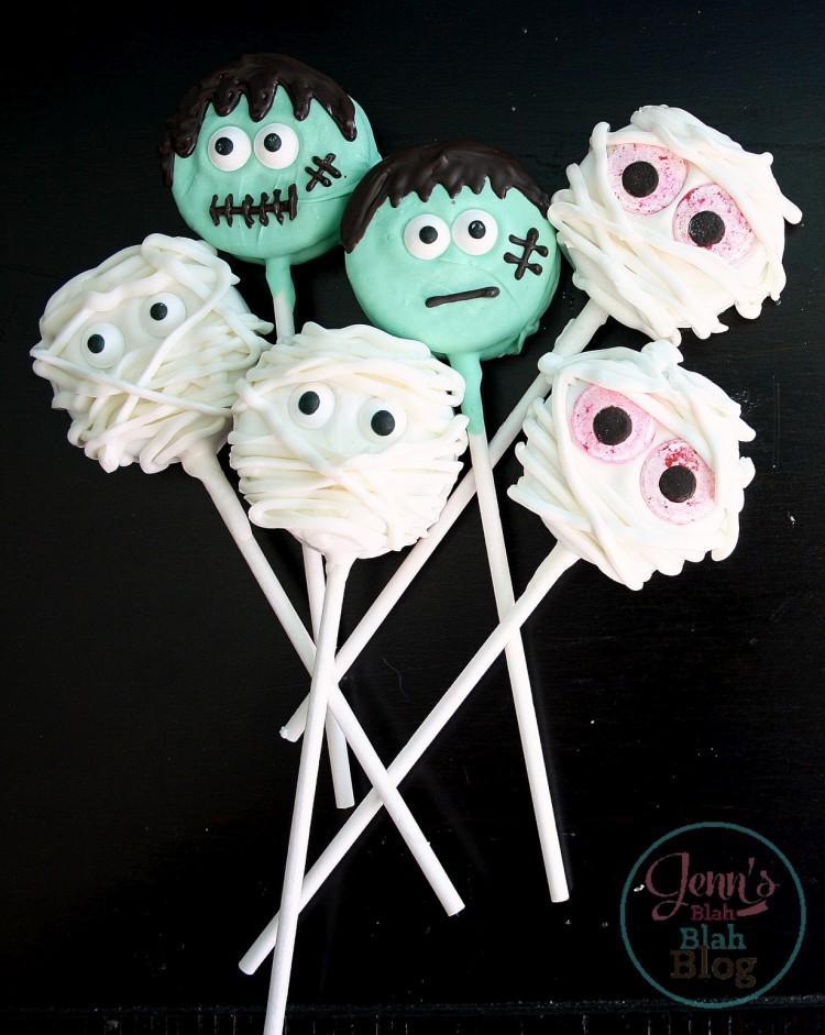 Halloween oreo cookie pops!