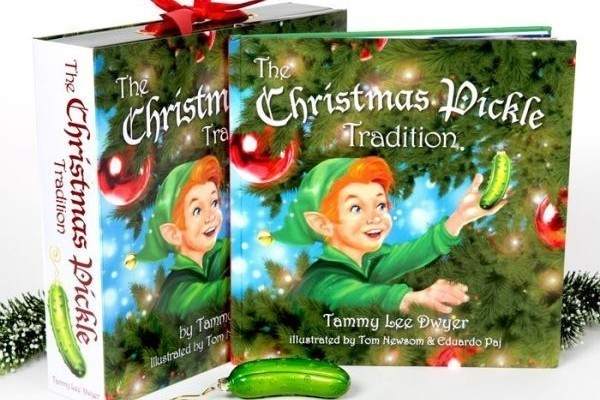 Start a New Christmas Tradition with Pickle Elf #Holiday Gift Guide