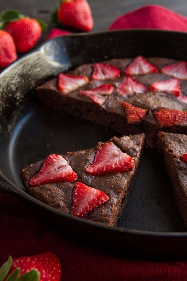No-Fuss Skillet Chocolate Cake
