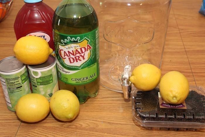 summer drink Fruity Blackberry Lemonade Recipe
