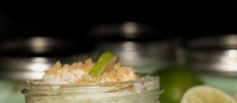 Mason Jar Key Lime Pie & Mason Jar Cherry Pie Recipes