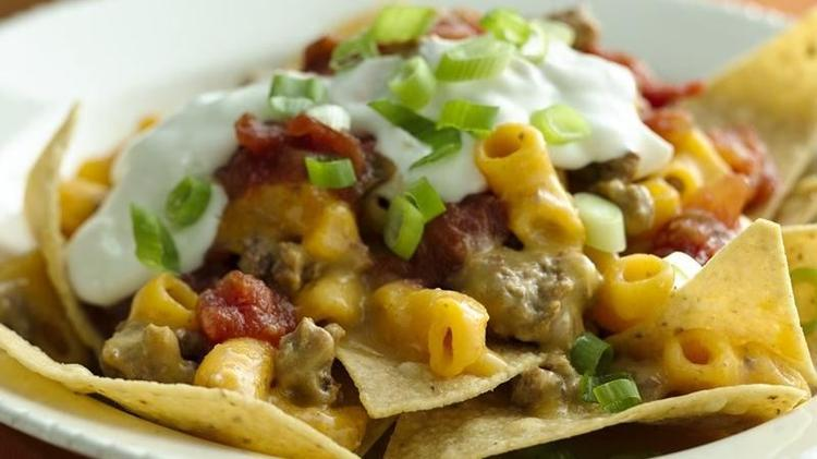 3 Quick and Easy Dinner Ideas with Hamburger Helper® 6