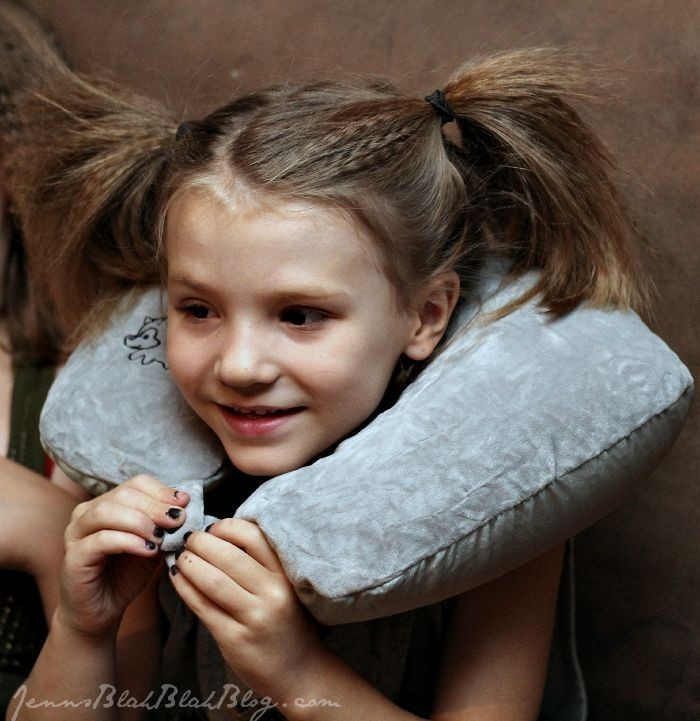 neck pillow for traveling