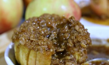Caramel and Brown-Sugar Baked Apples