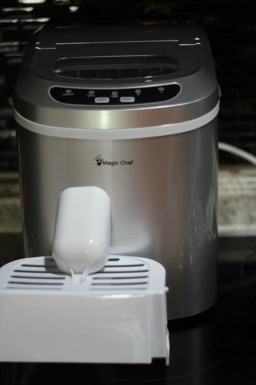 Magic Chef Ice Maker
