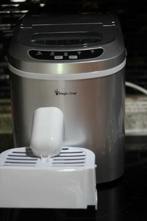 Magic Chef Ice Maker