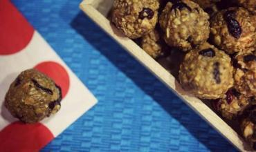 Ancient Grains Granola & Peanut Butter Energy Balls with Chia Seed