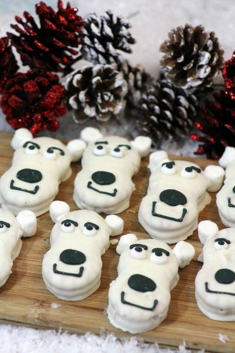 Super Cute Polar Bear Cookies Recipe @jenblahblahblog