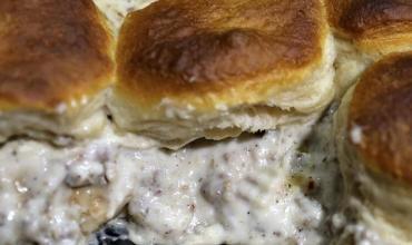 Yummy Biscuits and Sausage Gravy Casserole Recipe