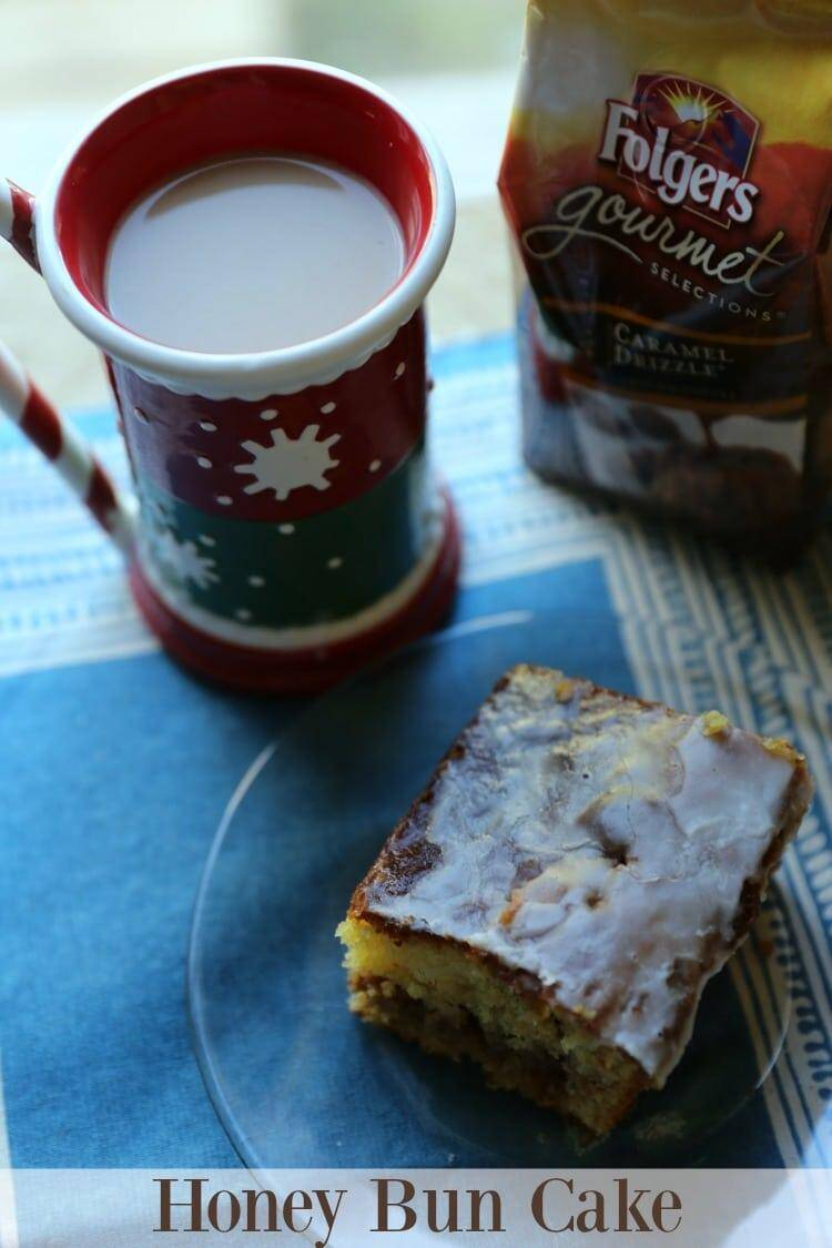 Honey Bun Cake Recipe and Folgers Gourmet Selections Coffee, YUMMY!