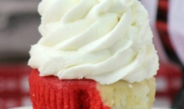 Red and White Vanilla Valentine's Day Cupcakes