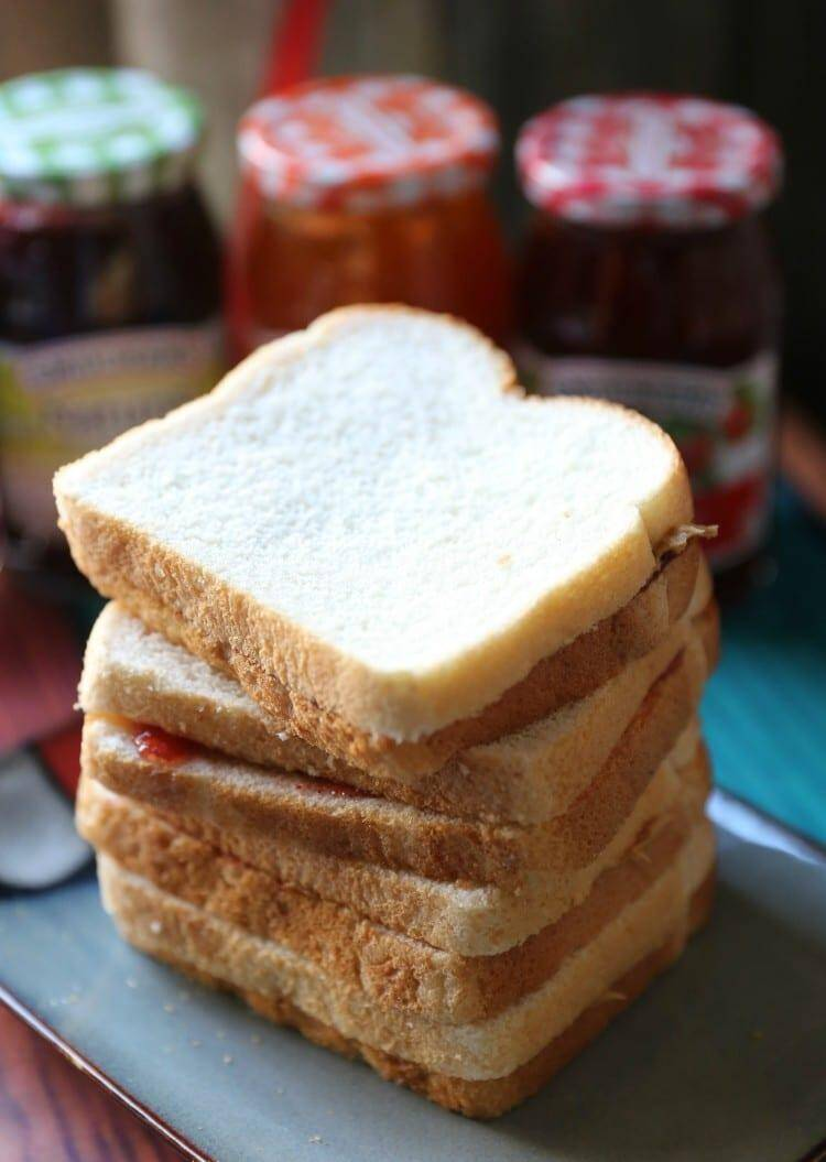 peanut butter jelly sandiwch party