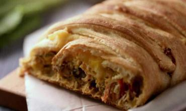 Quick & Easy Chicken & Green Chili Taco Braid Recipe