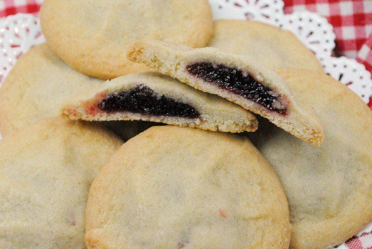 Easy Raspberry Pillow Cookies