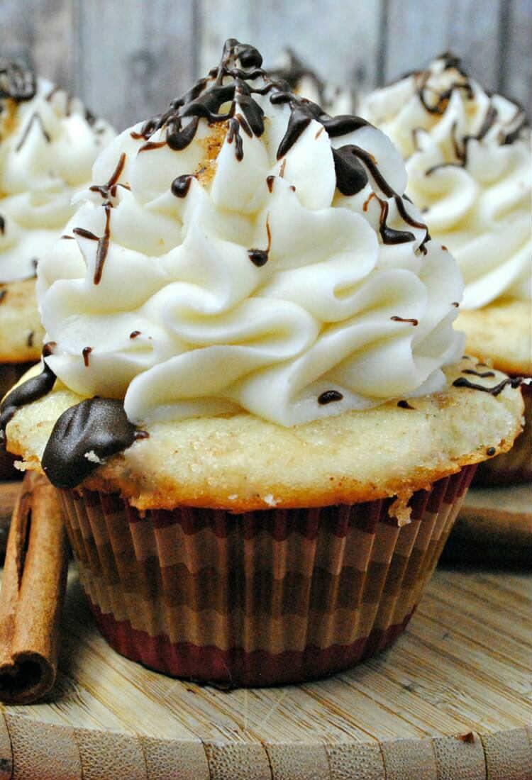 Cinnamon Roll Cupcake Recipe