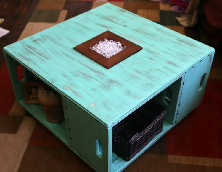 diy distressed wood crate coffee table. Black Bedroom Furniture Sets. Home Design Ideas