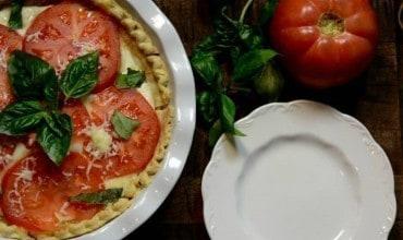 Easy & Super Delicious Tomato and Basil Pie Recipe