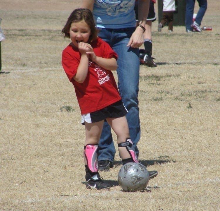 vayda playng soccerr sport