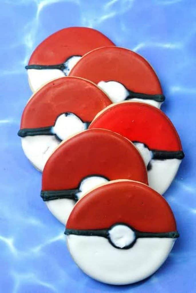 Pokemon Ball Cookies 4