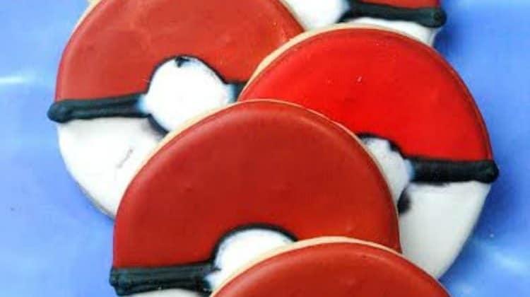 Pokemon Ball Cookies