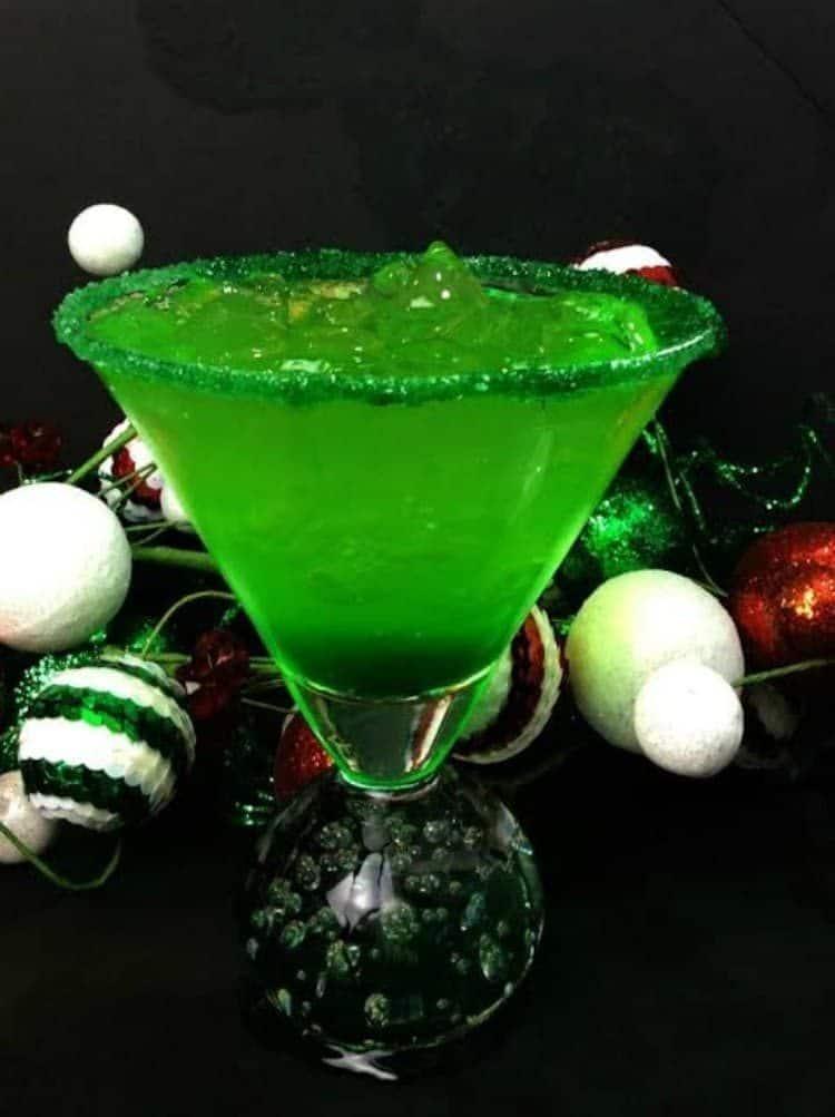 Grinch Sour Cocktail 2