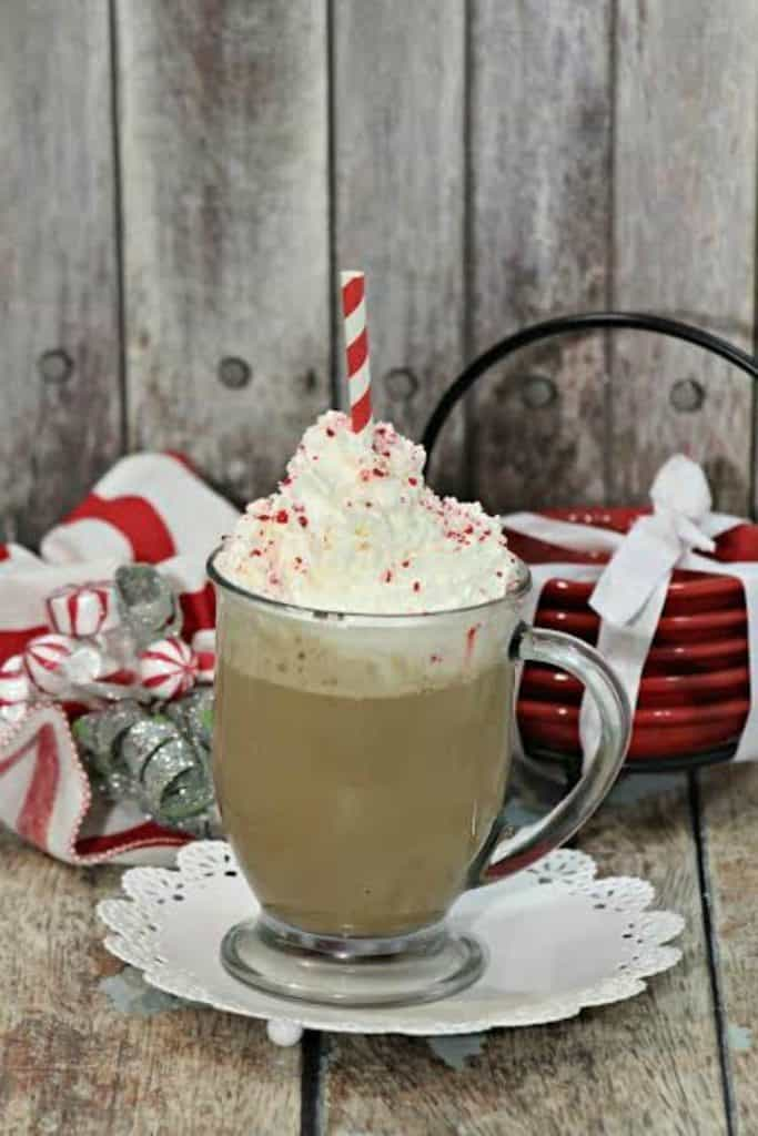 Holiday Latte with Peppermint