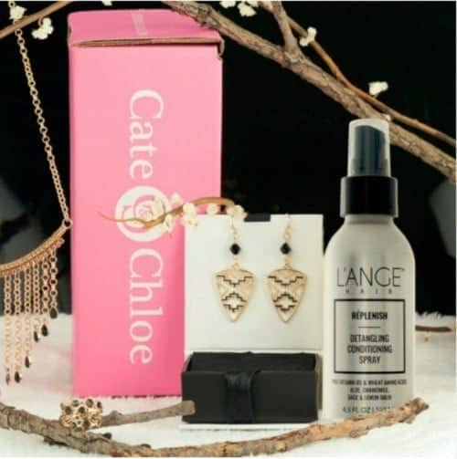 Enter Springtime in Style with Cate & Chloe #Gift Guide 7