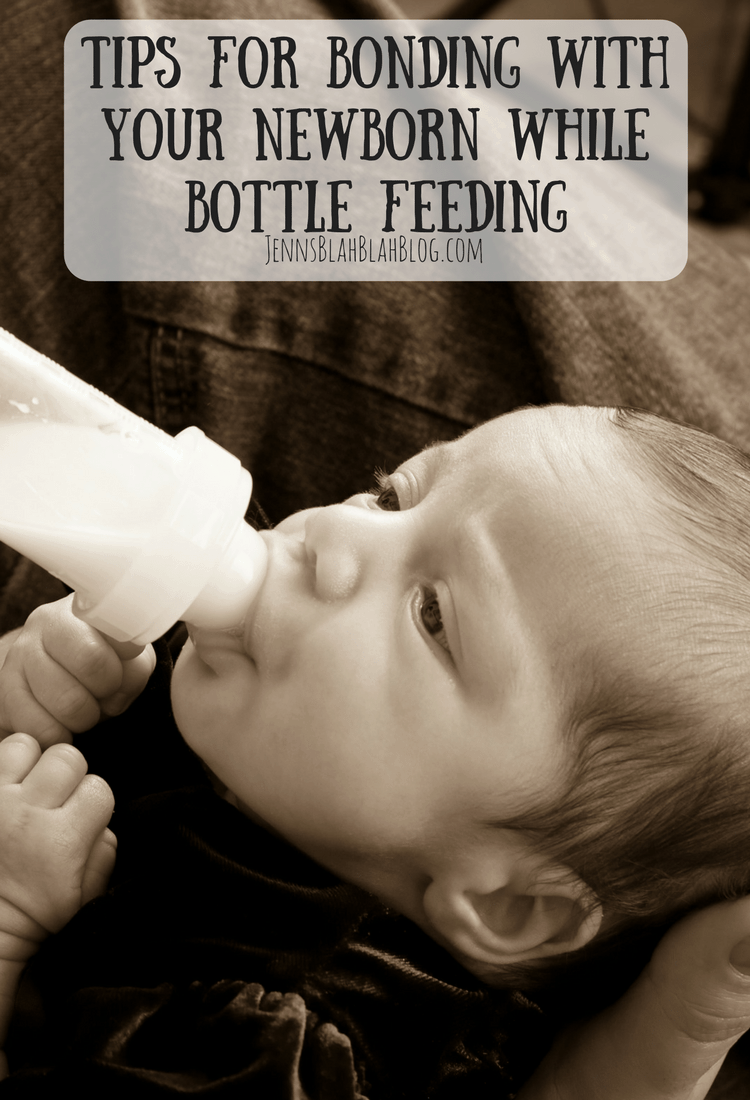 Tips for Bonding With Baby While Bottle Feeding 2