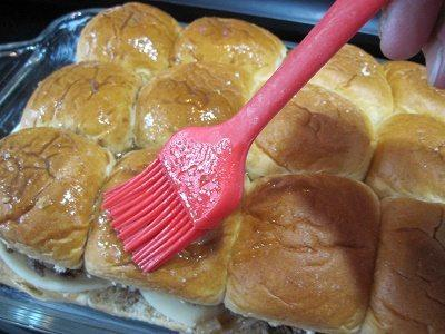 """Keystone French Dip Sliders + """"Beef Up Family Time Recipe Contest"""" 12"""