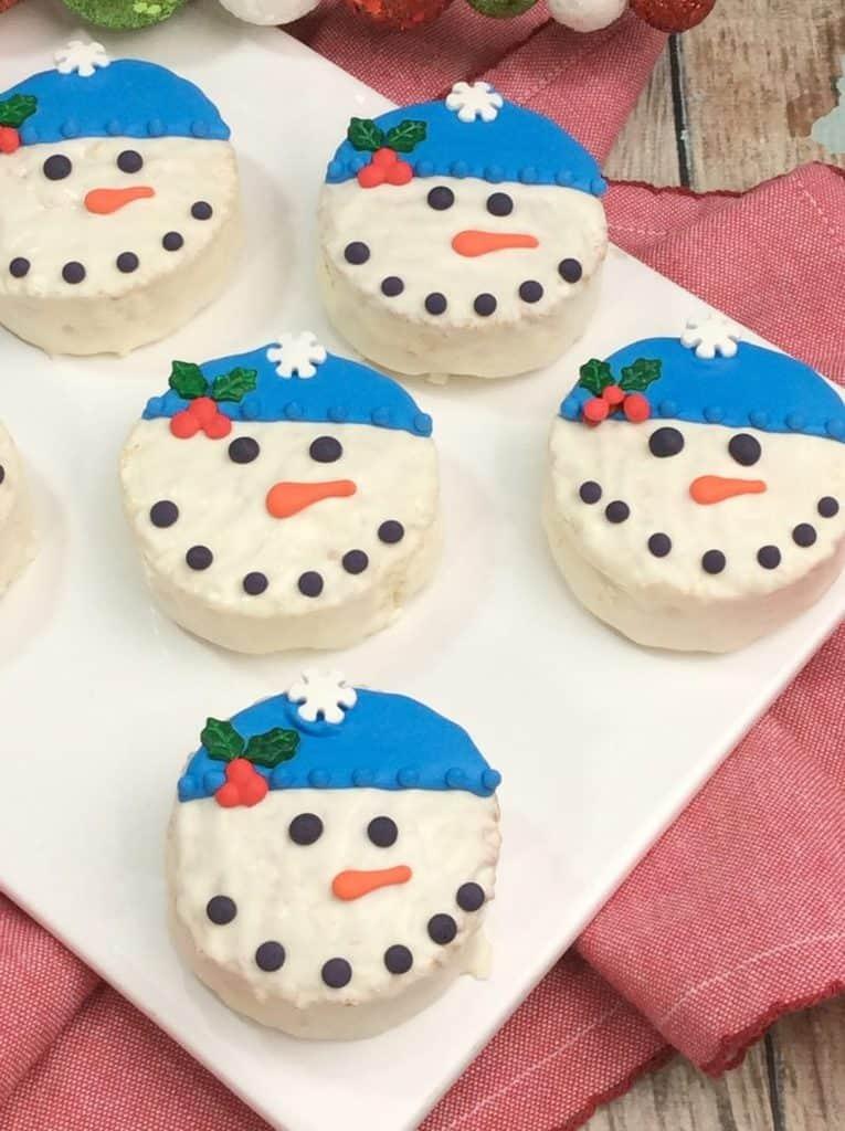 Quick, Easy & Super Adorable Snowman Ding Dongs