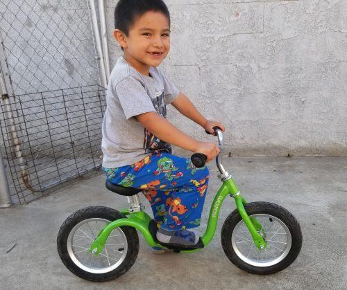 Kazam Neo Balance Bike Review + Giveaway 4