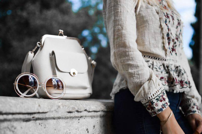 5 Best Bridesmaid Bags