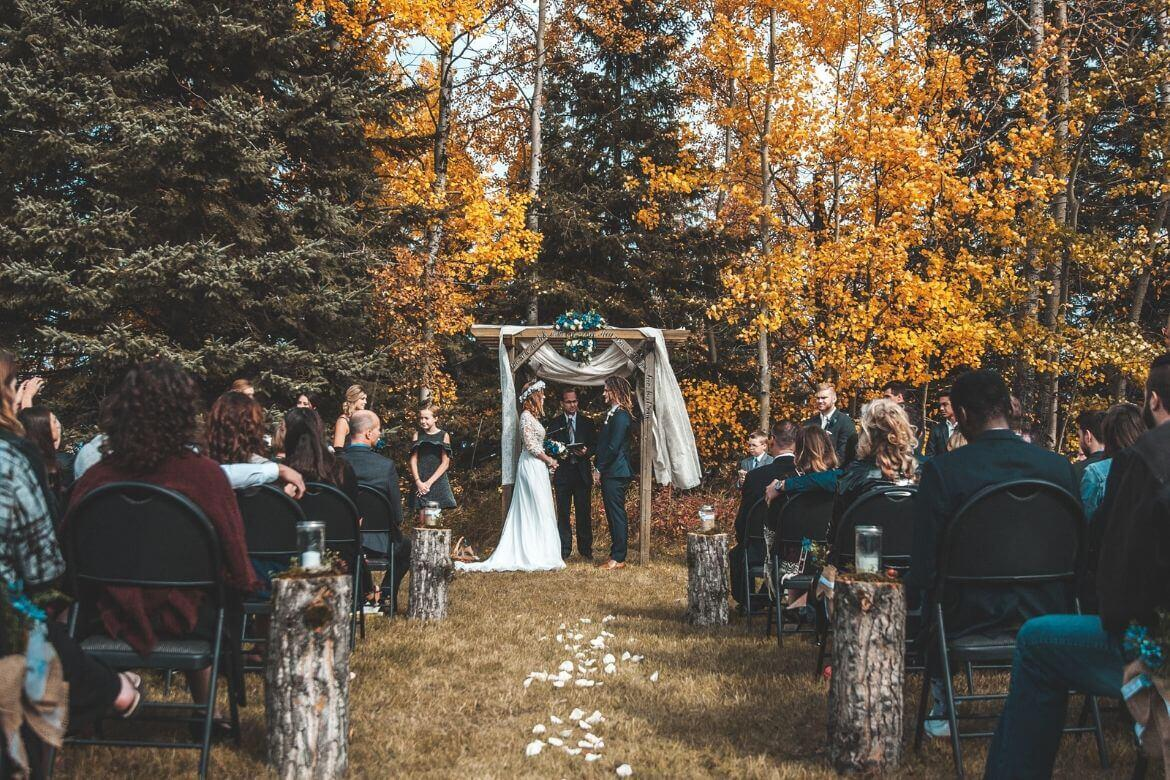 7 Tips for Planning the Rustic Wedding of Your Dreams