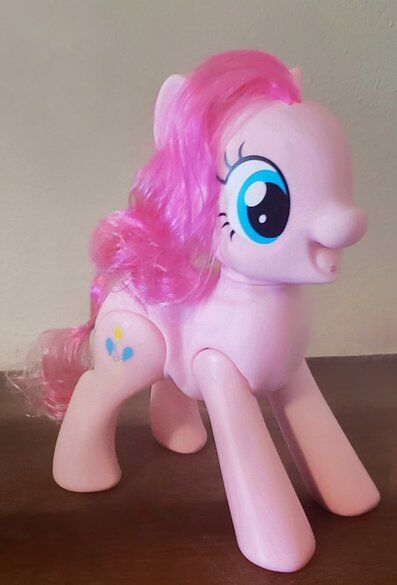 Share the Gift of Laughter With Oh My Giggles Pinkie Pie 2