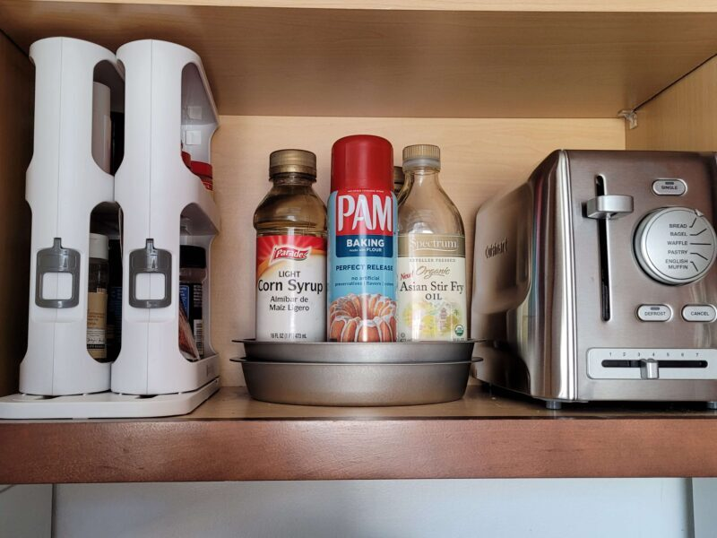 MAKE YOUR LIFE EASIER WITH INSTANT ACCESS FROM A CABINET CADDY 5