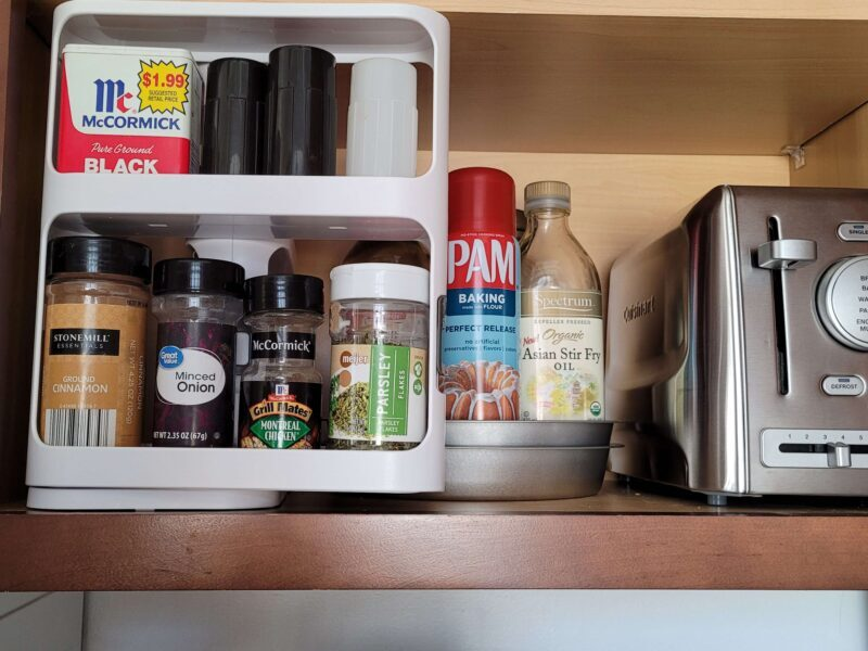 MAKE YOUR LIFE EASIER WITH INSTANT ACCESS FROM A CABINET CADDY 6