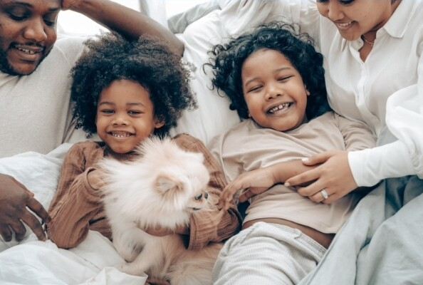 Five Ways to Strengthen the Bond Between Your Children and Pets 2