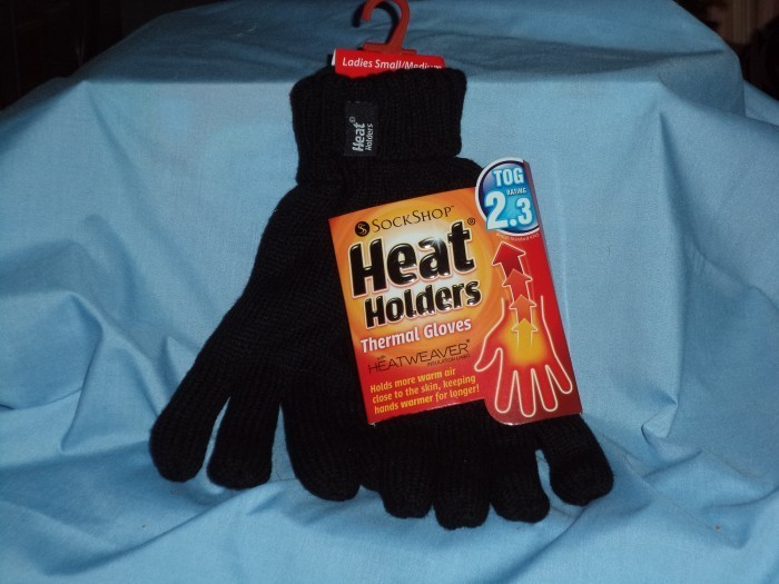 DSC00114 700x525 Keep Those Digits Warm with Heat Holders