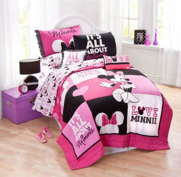 Disney Minnie Mouse Bedding Quilt Set1 Decorate Your Toddlers Room With Disney, Plus 3 Must Have Baby Items