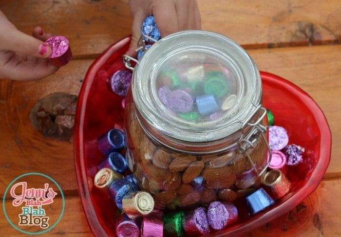 Easter Candy Decor Idea 700x487 #BunnyTrail Easter Ideas: Fun Easter Basket Ideas For Kids