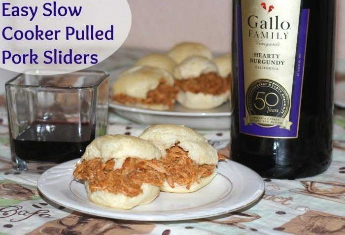 Easy Slow Cooker Pulled Pork Sliders Recipe